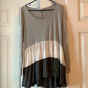 Entro long sleeve tunic. Size S